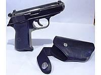 Зажигалка - пистолет в кобуре