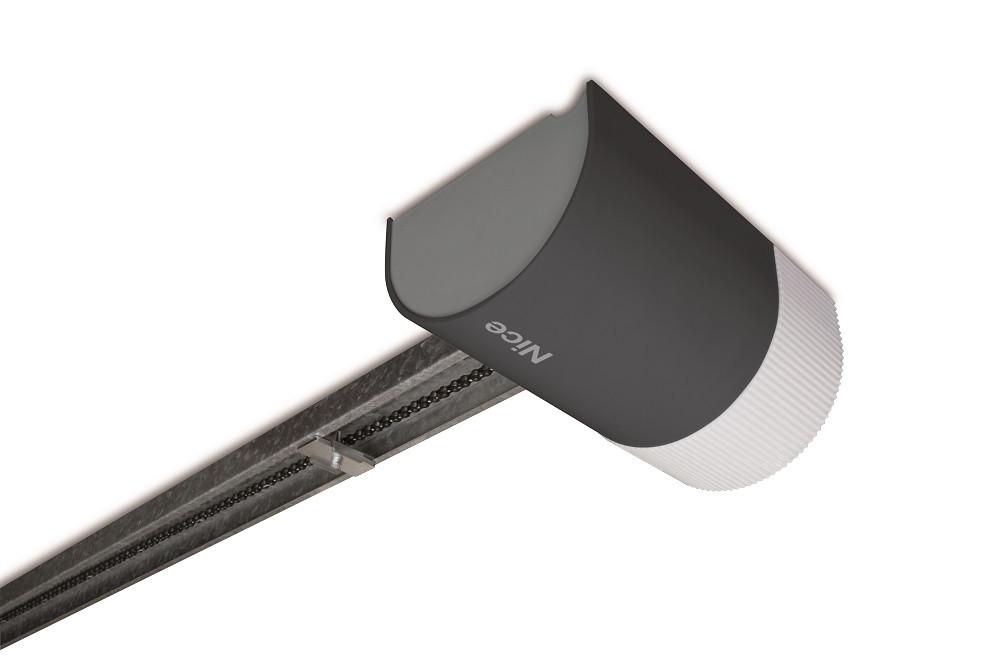 Електромеханічний привід SHEL60 KCE для гаражних секційних воріт площею до 8.4 кв. м.