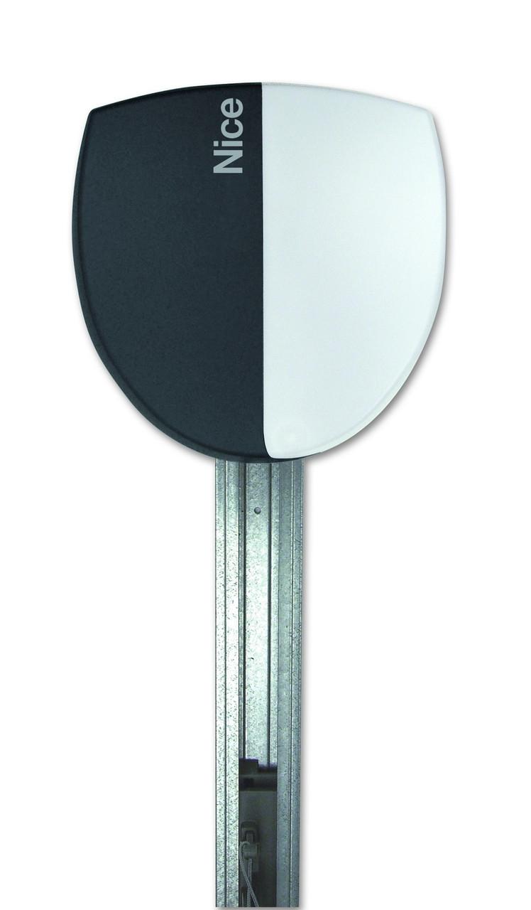 Электромеханический привод SPIN6041 для секционных ворот площадью до 16,5 кв.м.