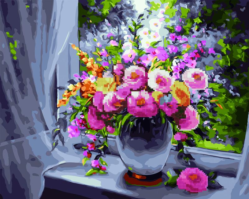 Ароматні квіти на вікні