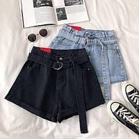 Женские джинсовые шорты с поясом в черном цвете