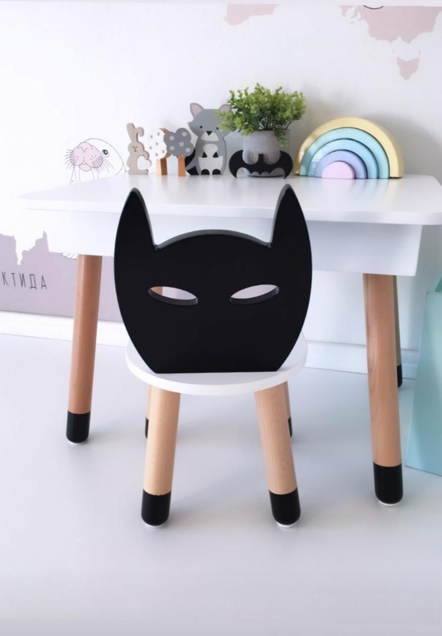 Прямоугольный стол с пеналом и 1 стул Бэтмен