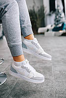 Кожаные кроссовки Nike Air Jordan Retro 1 для девушек. Женская обувь бело-серого цвета Найк Аир Джордан