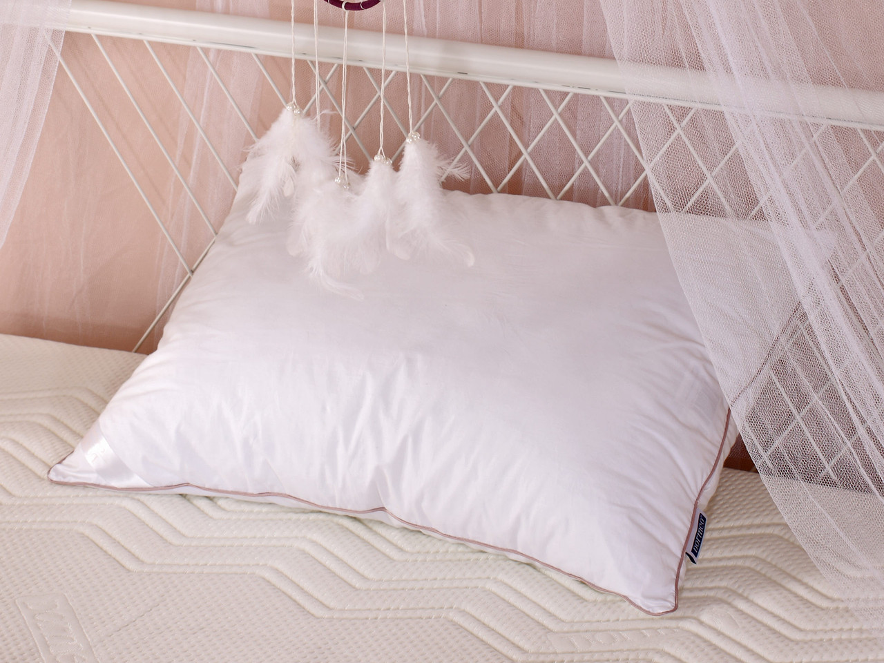 Классическая подушка Dream Catcher Dormeo