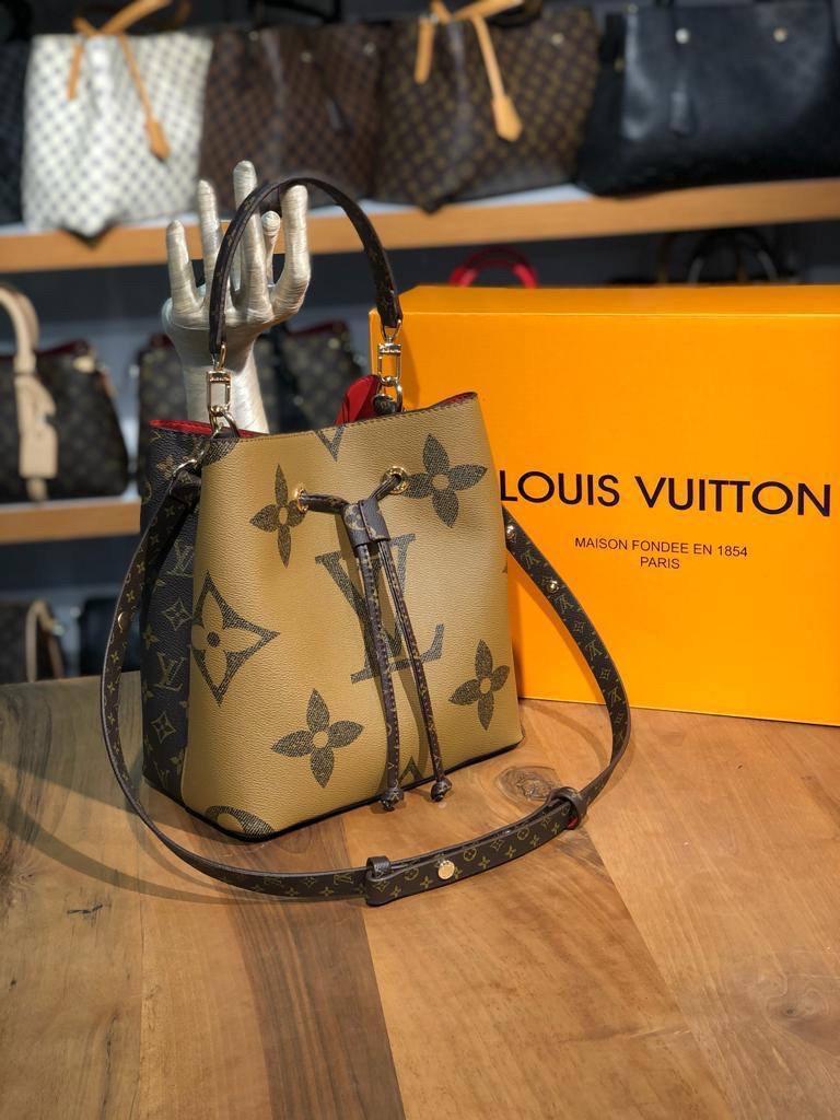 Жіноча сумка/сумка рюкзак/сумка бочонок/ сумка луї вітон/ Louis Vuitton (люкс копія)