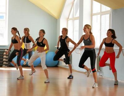 Как стать тренером групповых программ, как научится вести тренировки в фитнес клубе расскажут в школе Олимпия