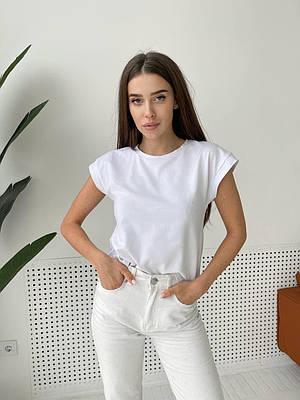Однотонная белая футболка трикотажная женская