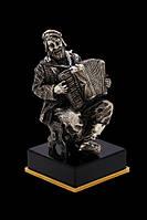 Статуэтка бронзовая Аккордеонист