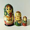 Матрьошка українська сім'я , дерево , авторський розпис , 11 см.