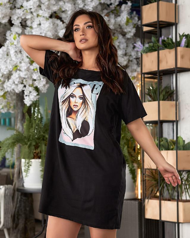 Батальное платье-футболка свободного кроя с принтом