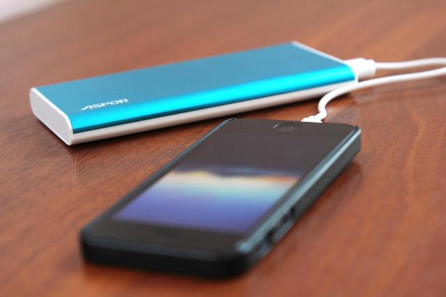 портативный аккумулятор купить, внешний аккумулятор купить, powerbank купить, powerbank на 10000 мАч купить