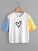 Женская футболка с принтом (сердце)