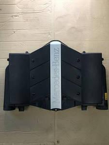 Корпус воздушного фильтра Mercedes МЛ 164 5.0 OM113