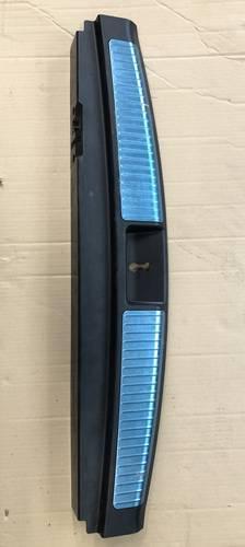 Накладка замка Mercedes ГЛ МЛ 164