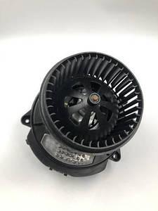 Вентилятор печки Touareg  VAG 7P0820022D