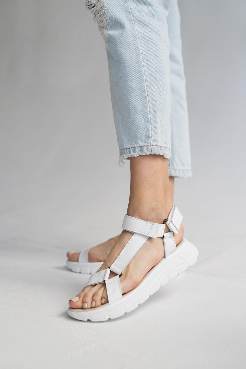 Жіночі босоніжки шкіряні літні білі Multi-shoes STREET (36-41)