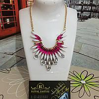 "Ожерелье ""Жасмин"" розового цвета с кристаллами."