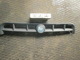№145 Б/у Решітка радіатора для Fiat Doblo 2001-2004