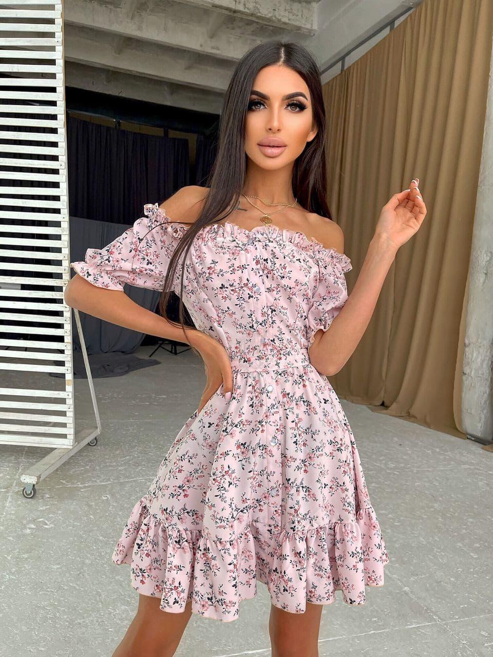 Летнее платье в цветочный принт с расклешенной юбкой и открытыми плечами (р. S, M) 66032499Е