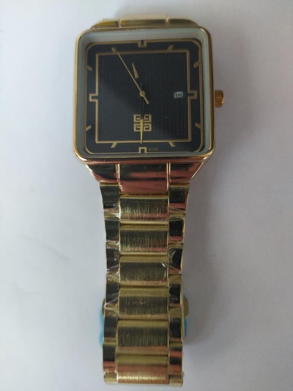 Часы квадратной формы мужские