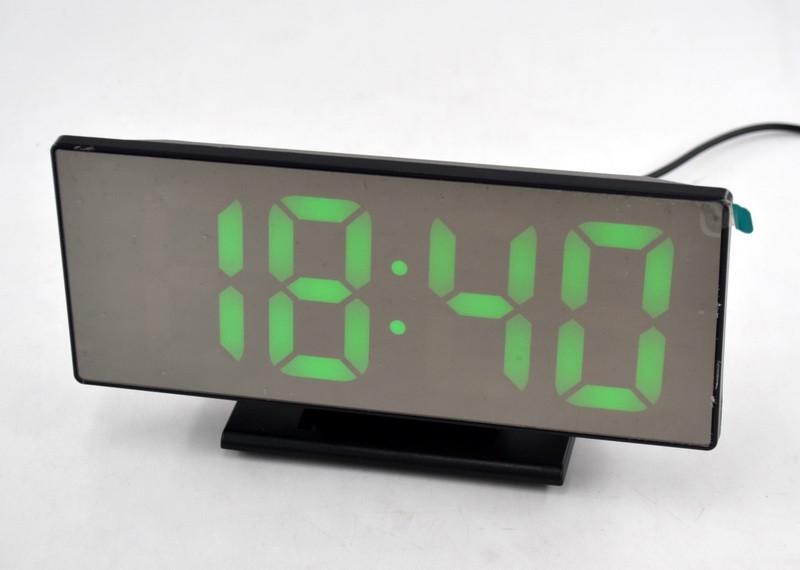 Настільні годинники з зеленою підсвіткою DS-3618L