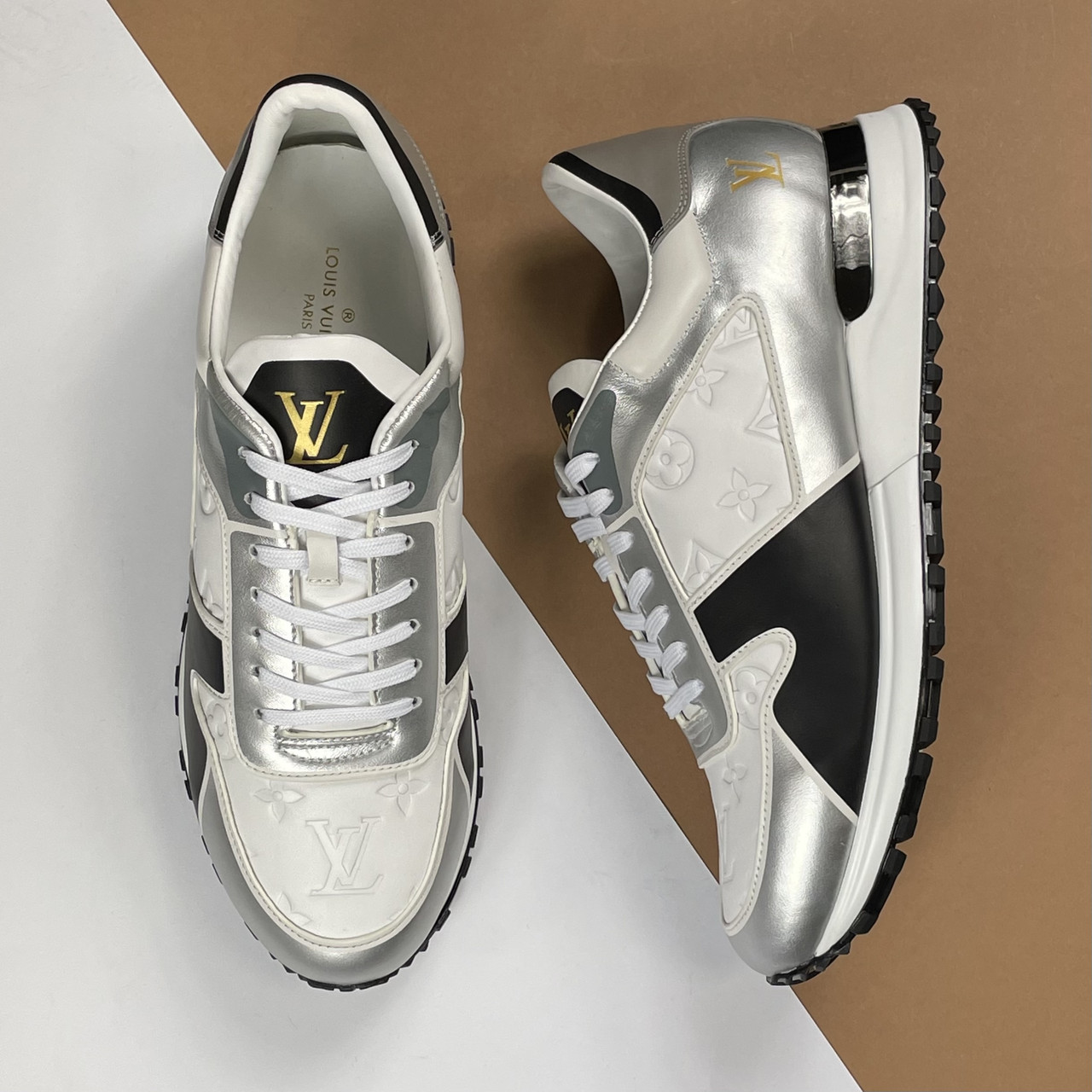 Кроссовки кожаные Louis Vuitton Run Away (Луи Виттон) арт. 39-208