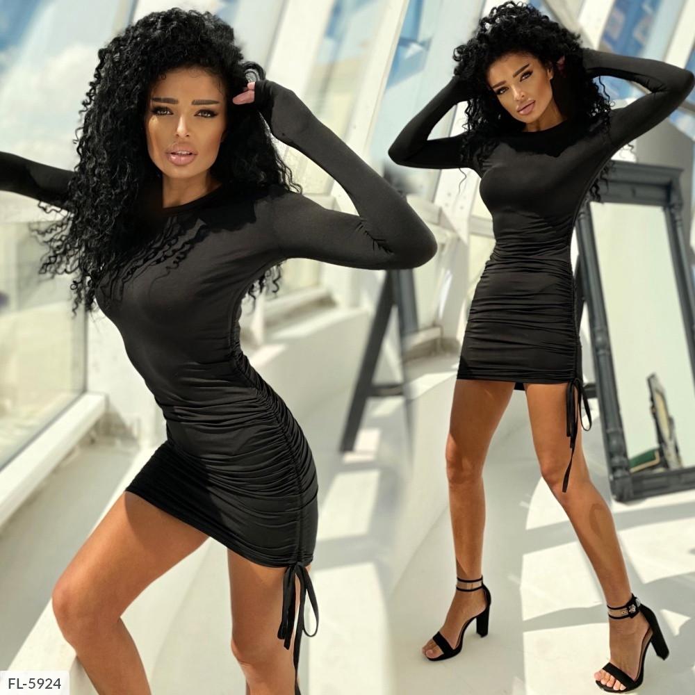 Силуетне міні сукня з довгим рукавом