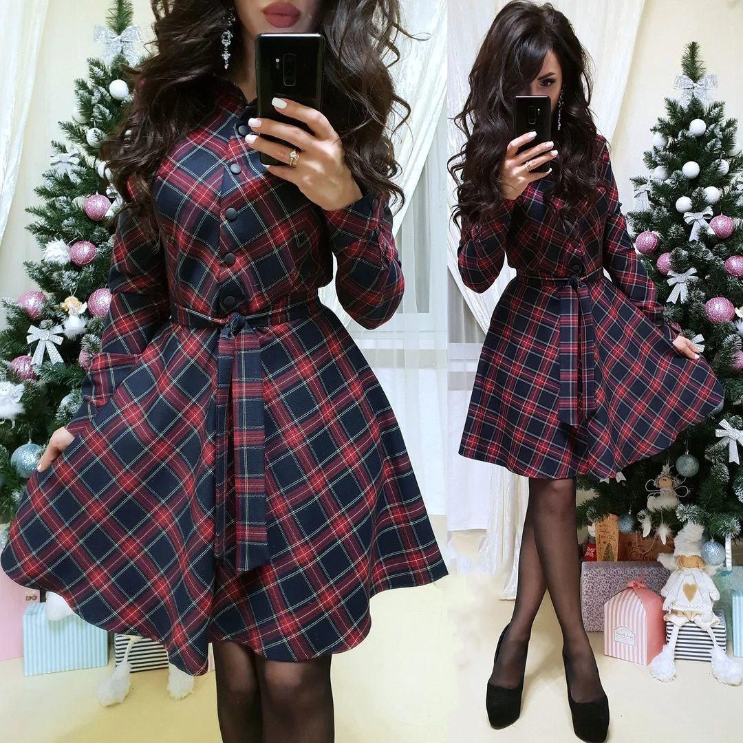 Тепле плаття сорочка з поясом і гудзиками в клітку 44-46
