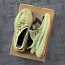 Жіночі кросівки Adidas Yeezy Boost 350 v2 Sulfur, фото 7