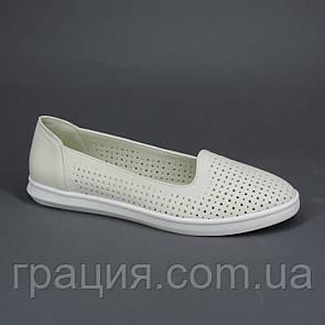 Женские кожаные туфли с перфорацией