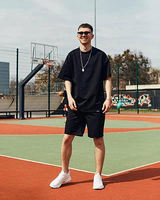Летний комплект мужской черного цвета шорты + футболка