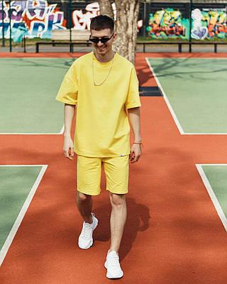 Летний комплект мужской желтого цвета шорты + футболка