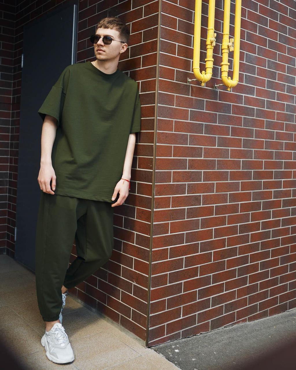 Летний комплект мужской цвета хаки штаны + футболка