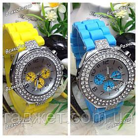 Женские часы Geneva Crystal Classiс желтого или голубого цвета. Женские часы.
