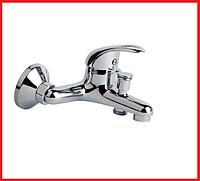 Смеситель настенный однорычажный для ванны TOUCH-Z Premiera TZPRE35006 из латуни,с хромированным покритием