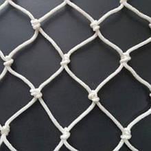 Сетка заградительная капроновая д 4 ячейка 7,5 сетка оградительная защитная сетка.