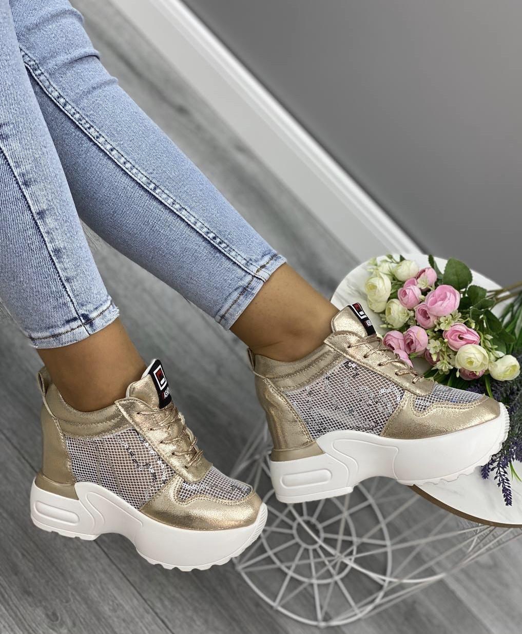 Кросівки жіночі 6 пар в ящику золотистого кольору 36-41