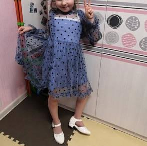Нарядное воздушное платье на девочку 2-6 лет  голубое горох, фото 2