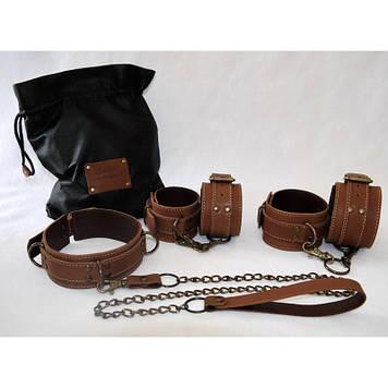 Эксклюзивный БДСМ набор с ВАШЕЙ НАДПИСЬЮ натуральная кожа коричневый наручники, ошейник, поножи, поводок BDSM
