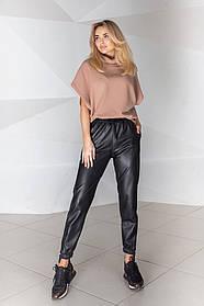 Жіночі чорні шкіряні брюки, 42-44