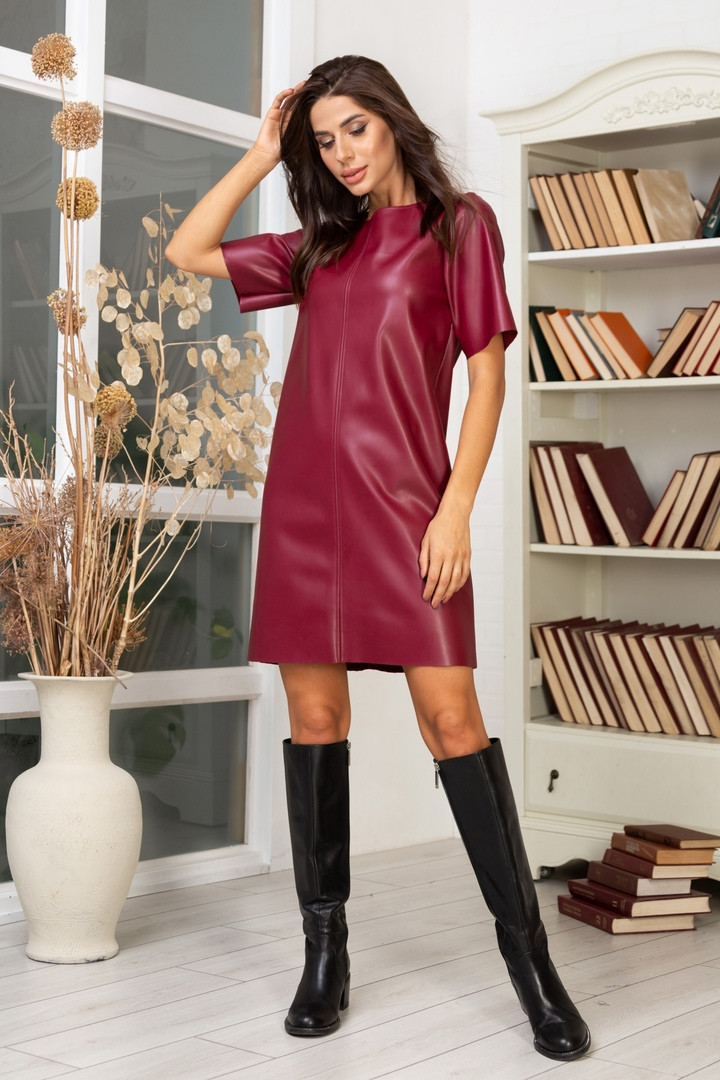 Жіноча шкіряна сукня, 42