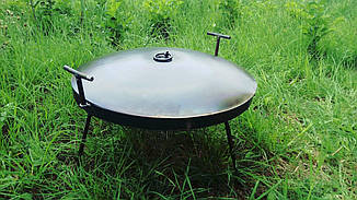 Сковорода 50 см из диска бороны на ножках с крышкой