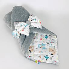 Зимовий дитячий конверт на виписку BabySoon Лісові звірята на сірому плюше 80 х 85 см (063)