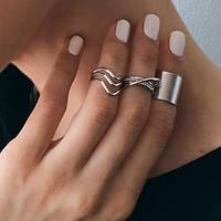 Какие кольца носить девушкам с длинными ногтями?