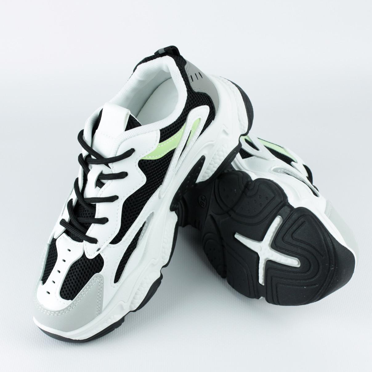 Кроссовки для женщин из эко-кожи демисезонные LaVento р.36-40 черно-белые