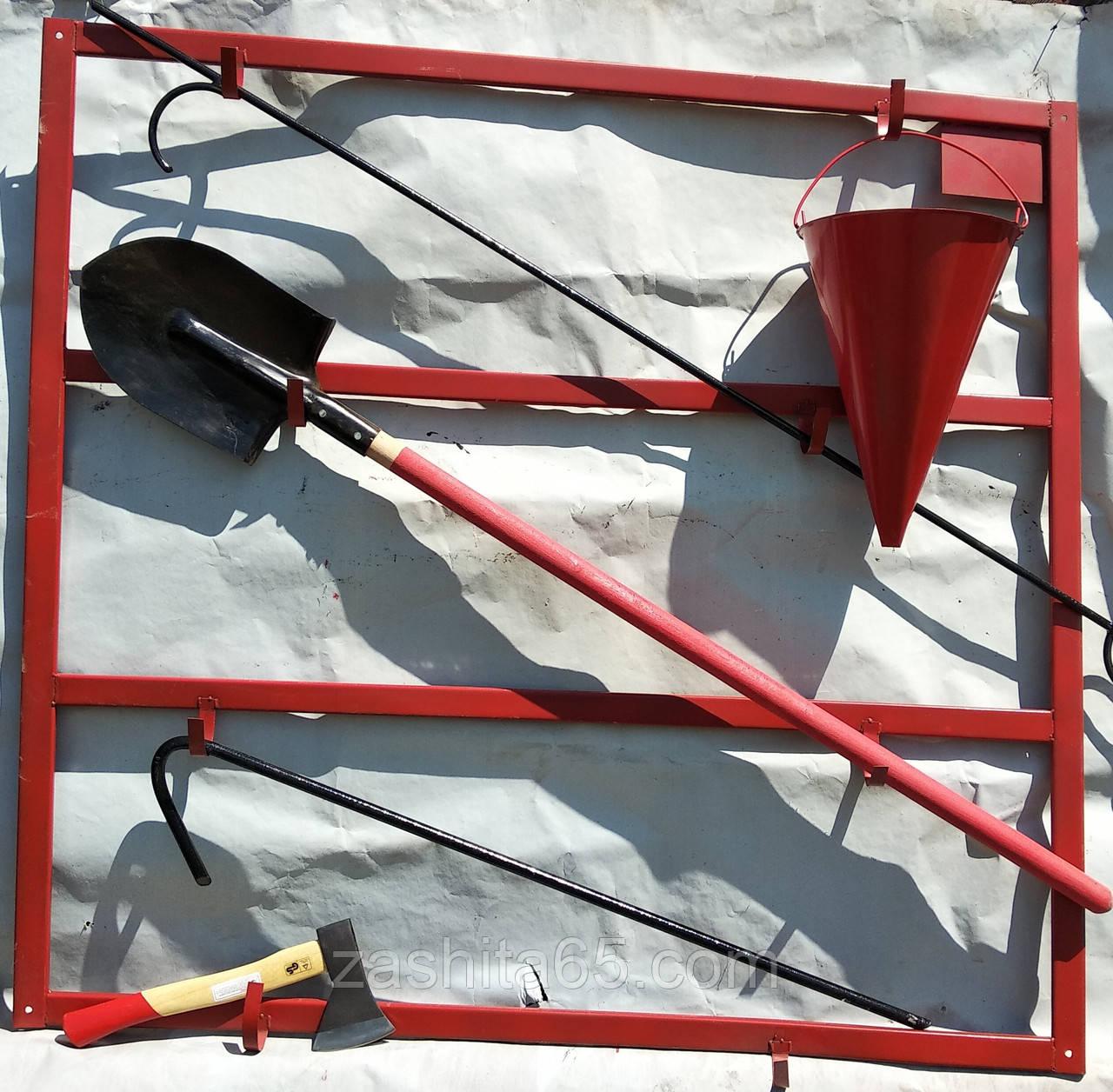 Пожарный щит металлический навесной ( с оборудованием)
