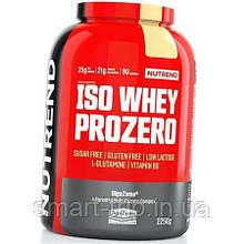 Изолят сывороточного протеина Nutrend Iso Whey PROZERO CFM 2250g ванильный пудинг