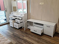 Спальный комплект мебели под заказ.