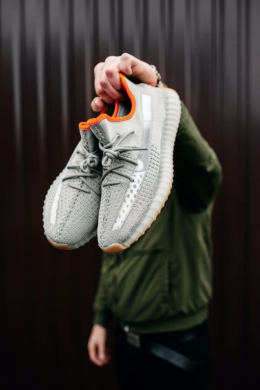 Женские кроссовки Adidas Yeezy Boost 350v2 Linen Revealed