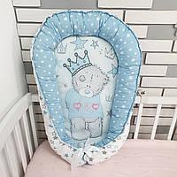 Кокон позиционер (гнёздышко) c мишкой Тедди в голубых тонах